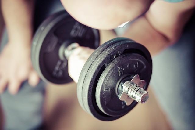 Para adelgazar: ¿cardio o pesas?